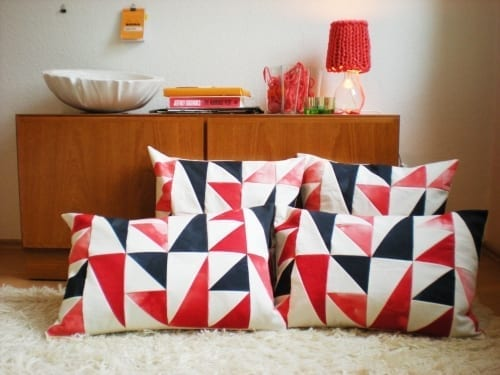 50s-style cushions from KSIA