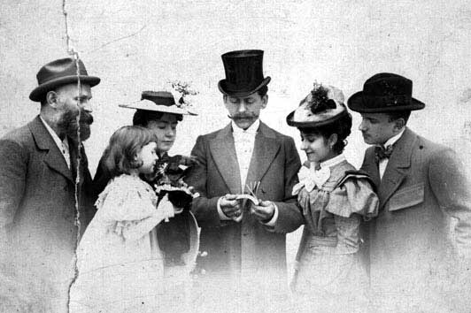 Max Skladanowsky demonstrates his flick-books, c.1900