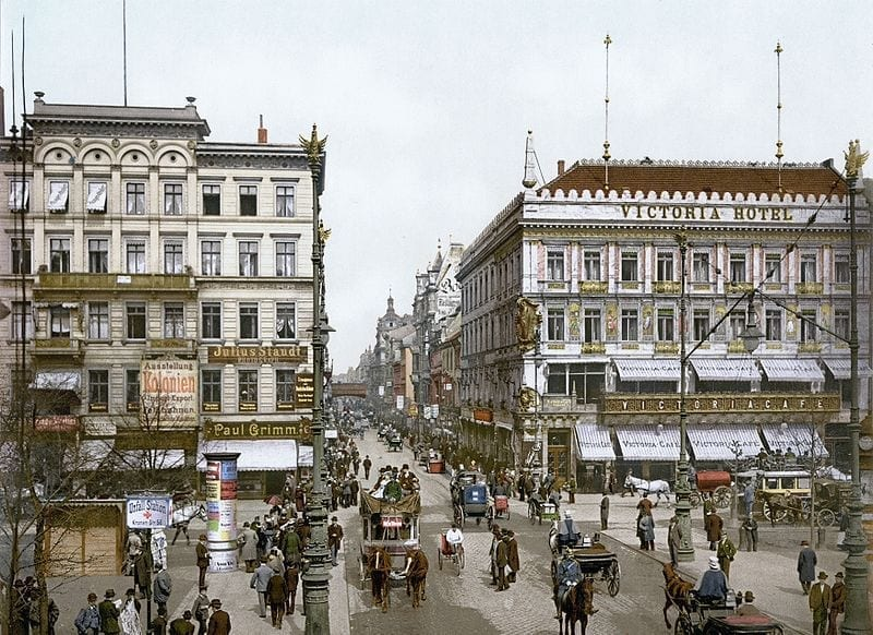 Unter den Linden around 1900