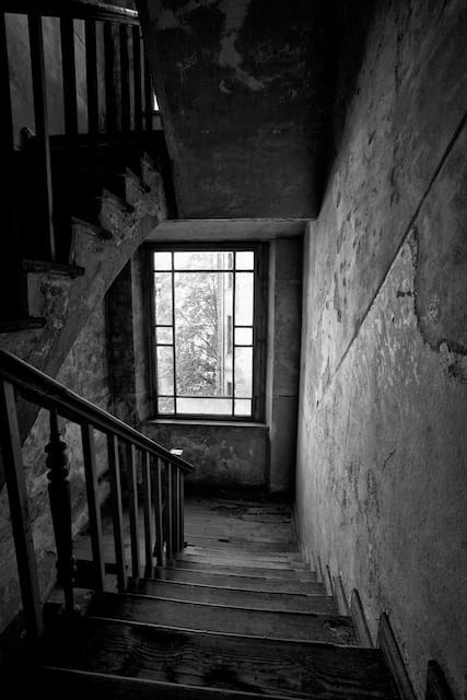 Even schlepping up and down the dilapidated staircases is like being trapped in a temporary time warp.