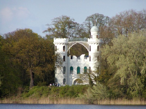Schloss_Pfaueninsel-1