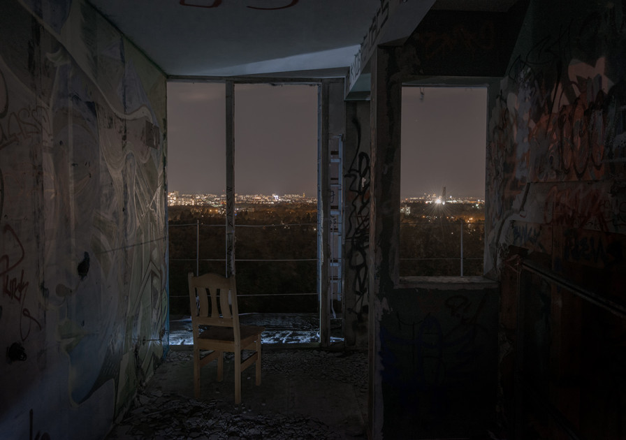 strangers-in-the-night-1-896x630
