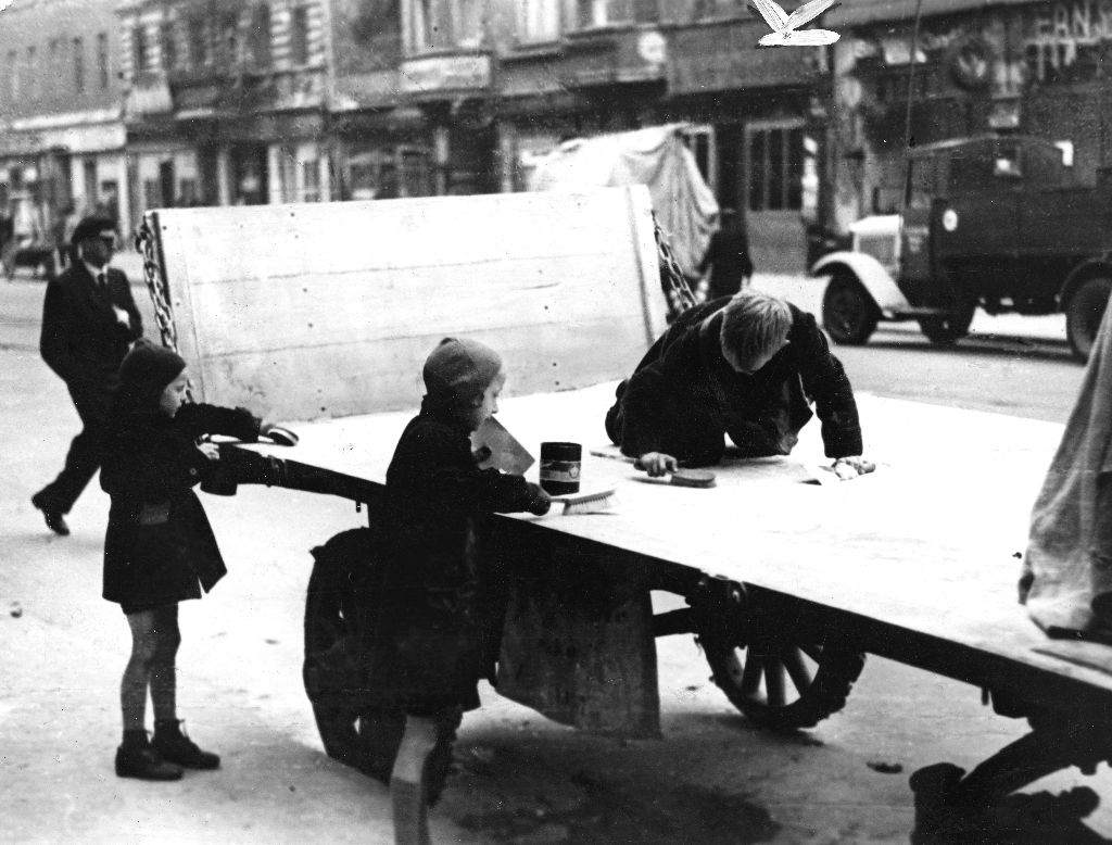 126_127_Kinder Pritschenwagen JPEG